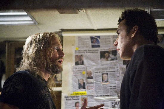 woody-harrelson-and-john-cusack-in-2012-movie.jpg